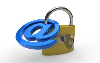 chiocciola mail con lucchetto